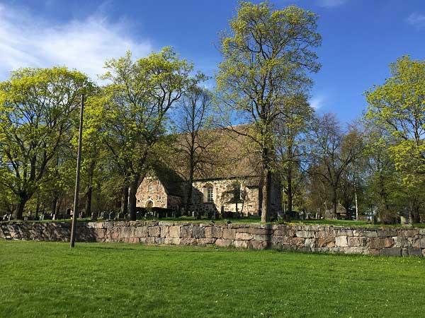 Nauvi Kirkko